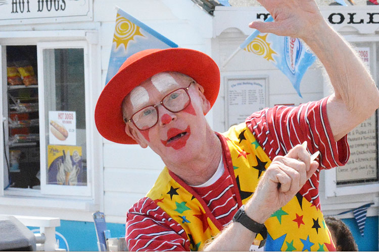 Bexhill Carnival (clown)